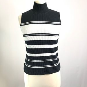 Women's Merona Turtle Neck Sweater Size M